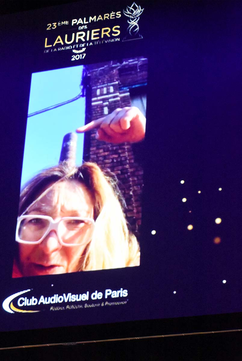 Lauriers 2017 Best Actress Corinne Masiero dans Capitaine Marleau en dupleix en selfie et en erection