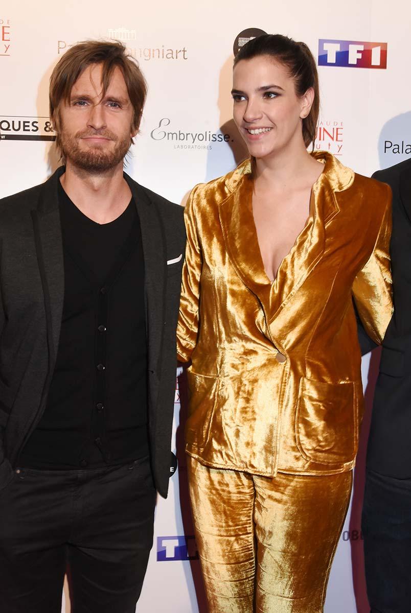 Philippe Lacheau, Charlotte Gabris dans Epouse moi la Copine de mon Pote