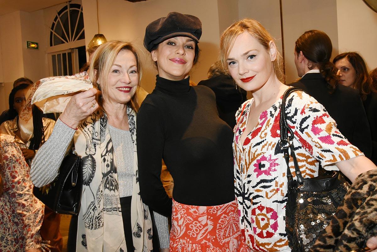 Gabie Lazure jovanka et Julie Judd troisgracent