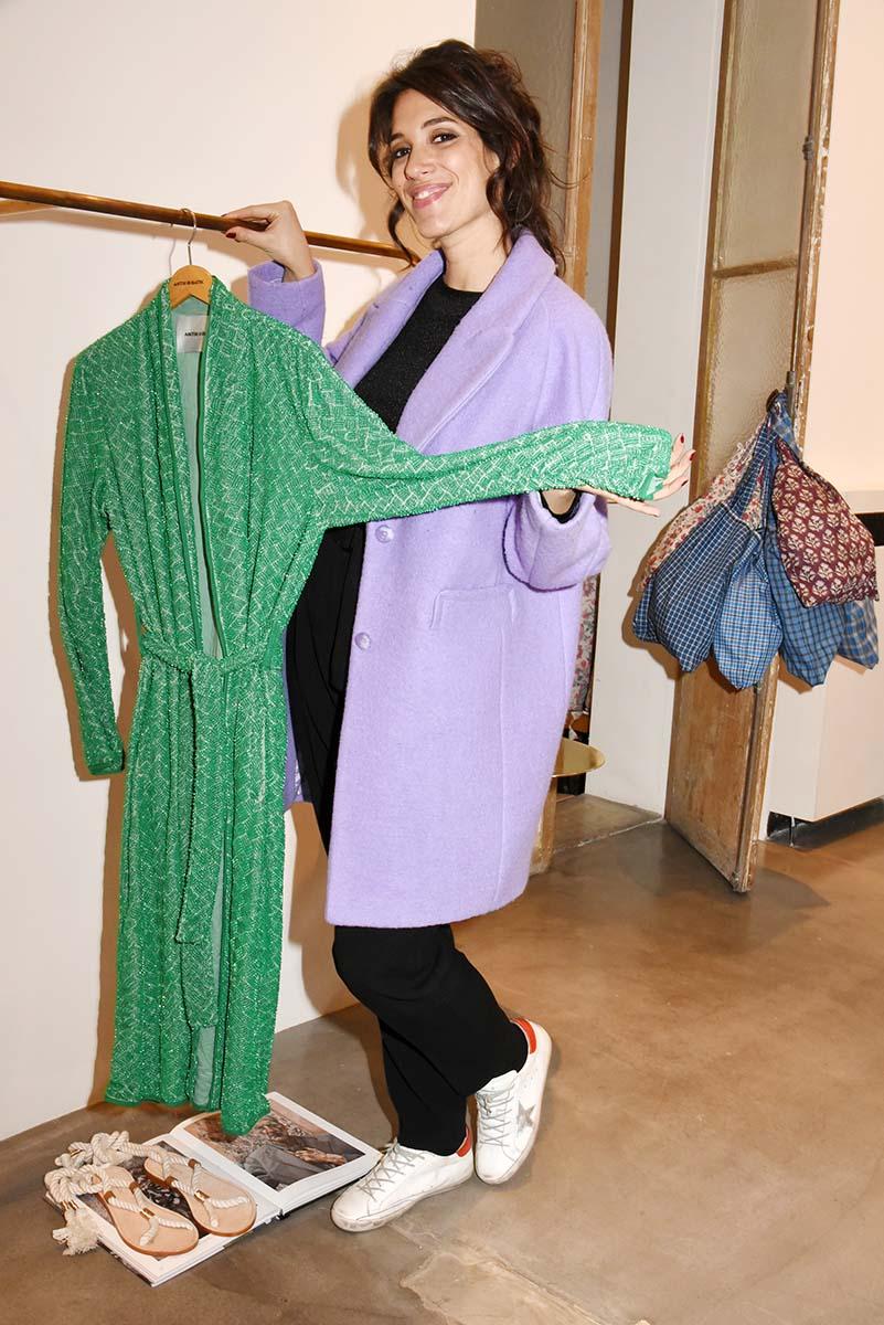 Laurie Cholewa a trouve une chouette robe de soiree pour une pyjama party