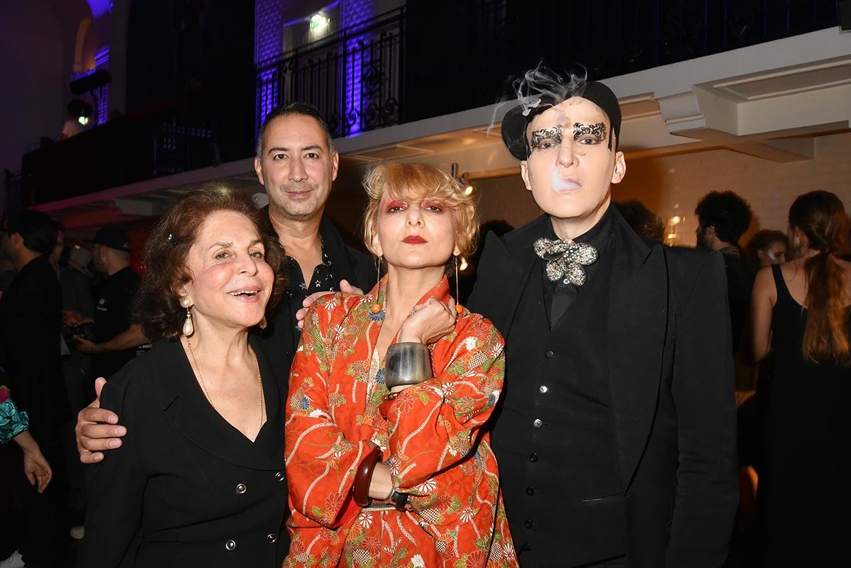 Antoine Kruk Ali Mahdavi et ses deux muses sa mama et sa Baba
