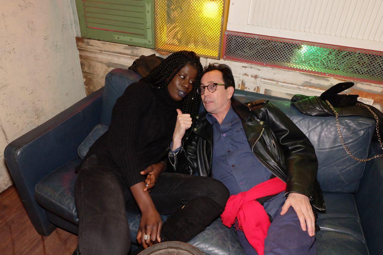 Natan et Adja en mode canapé
