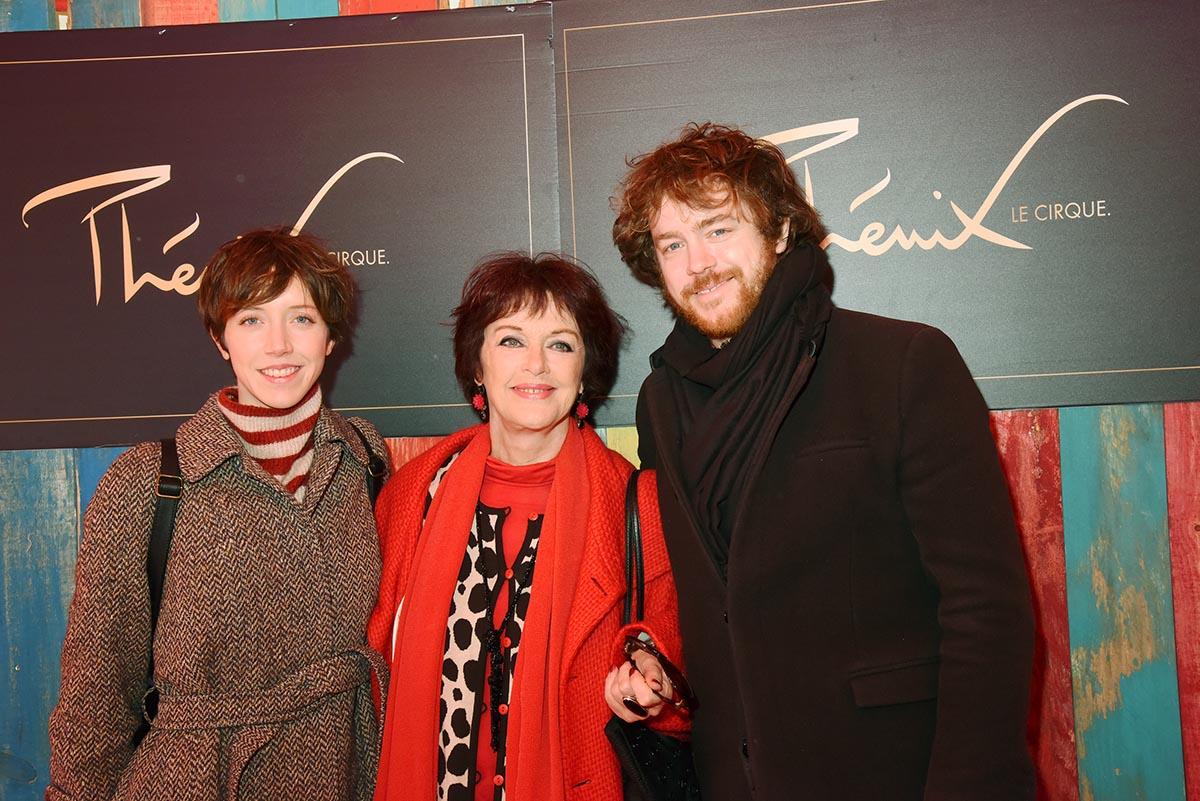 Anny Duperey est venue en famille avec Sara et Gael Giraudeau