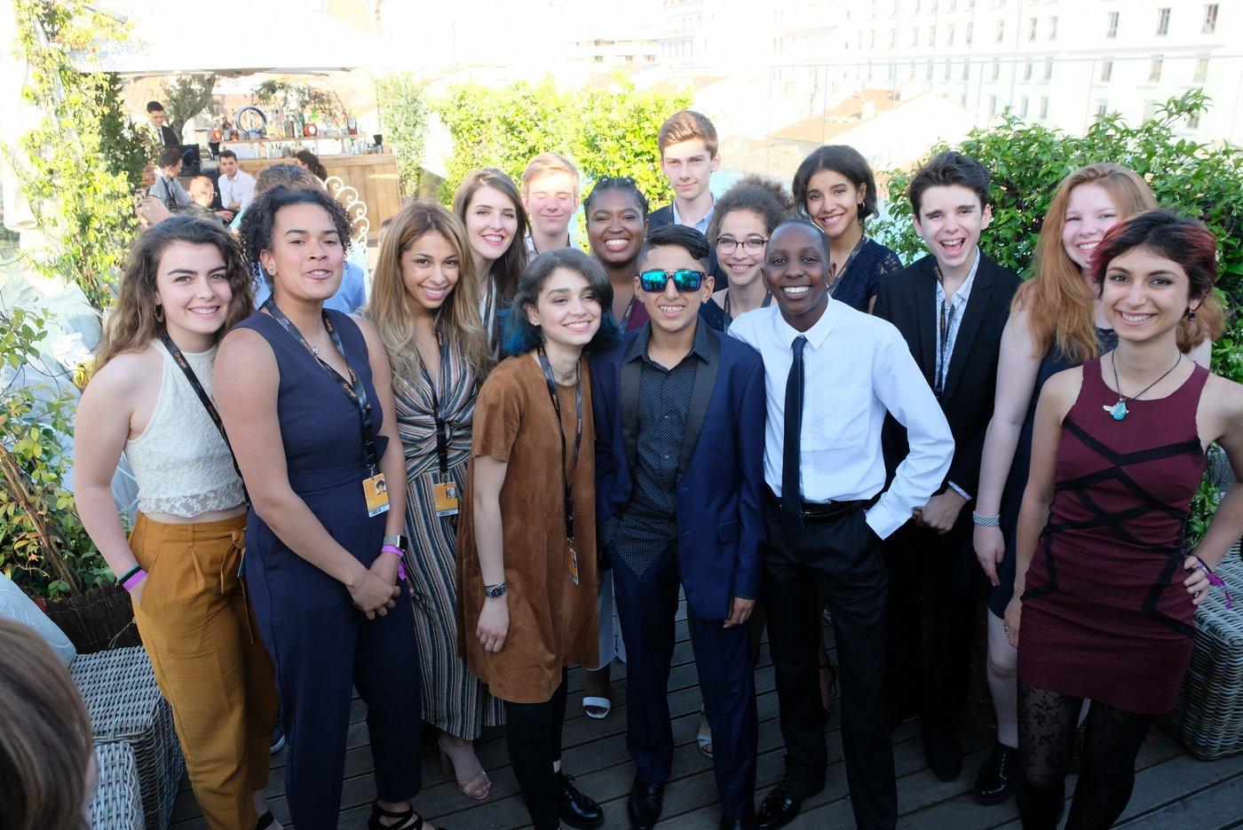 Moteur! est un projet sociétal pour l'égalité des chances destiné aux 14-22 ans, qui encourage les jeunes à trouver leur inspiration, pour passer à l'action.