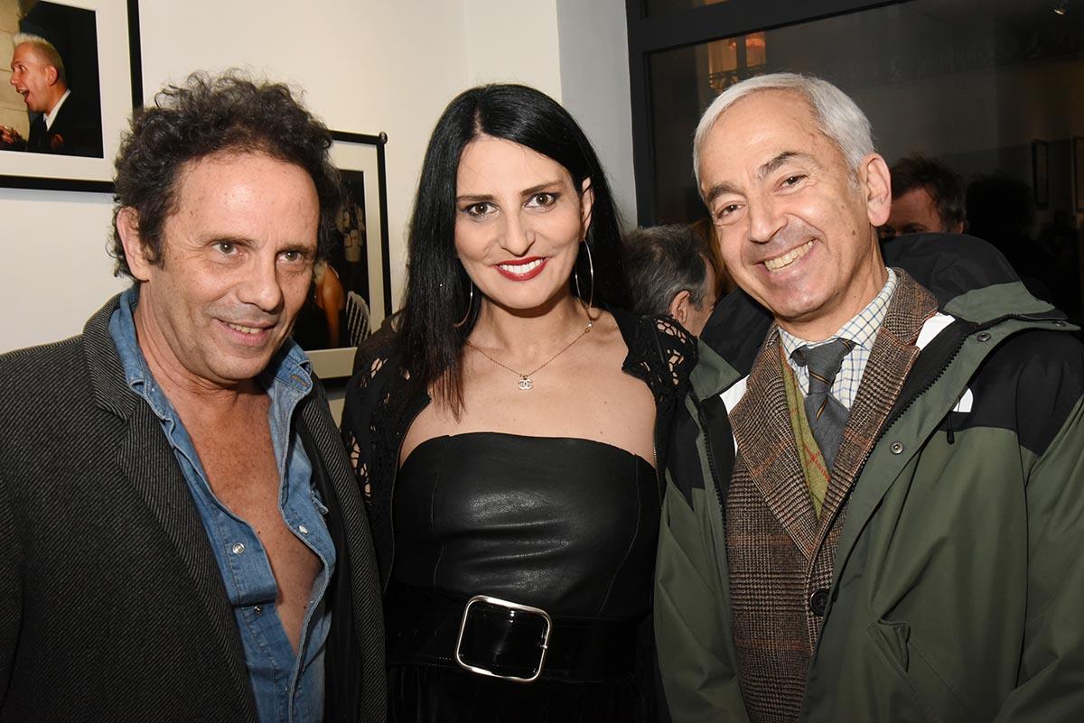 Sylvie Ortega entre Maitre Narboni et Gerald Cohen qui a le plus hot low neck of the party