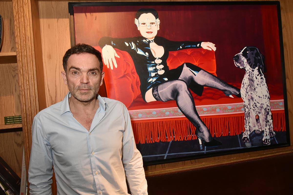 Yann Moix pose avec Brigitte Fontaine sa prof de francais au Lycee
