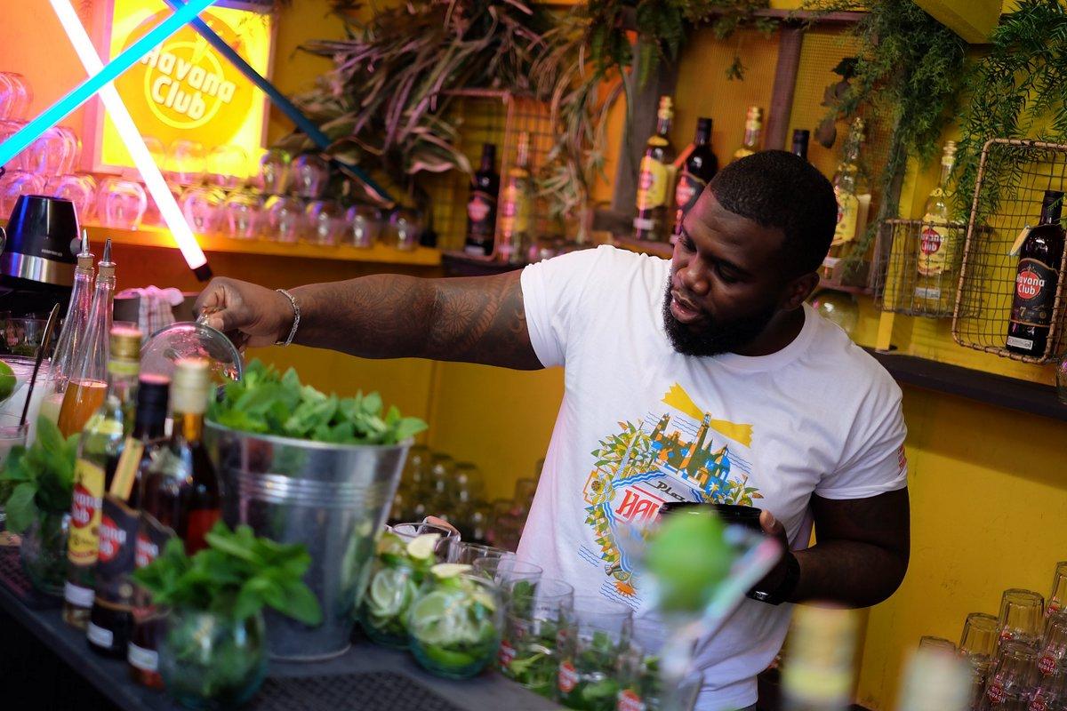 Anthony est multi drink : Cancha, Cuba libre ou Daïquiri rien n'a de secrets pour lui ( avec moderation)