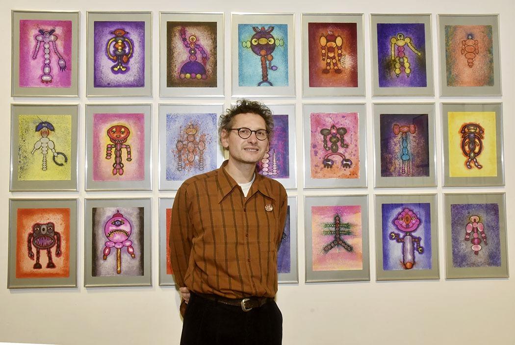 Christian Aubrun a observé et peints des petits extra terrestres !