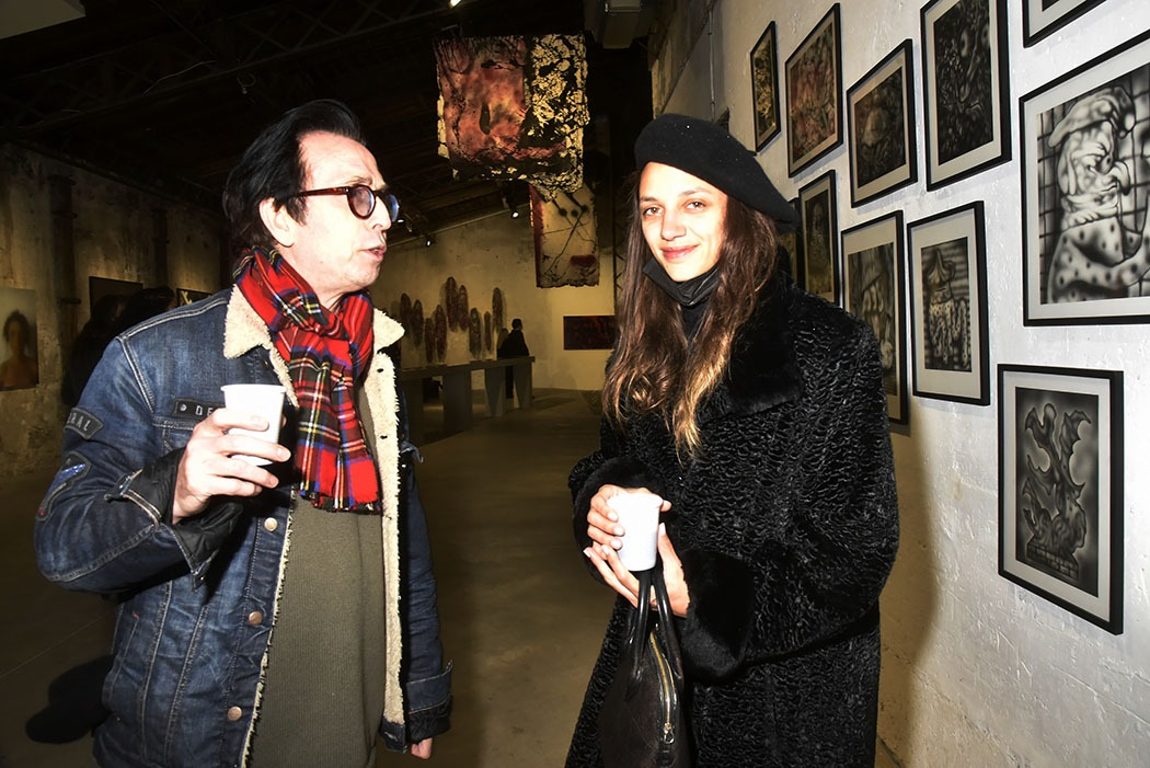 Natan Hercberg et Victoire Partouche discutent bouts de toile