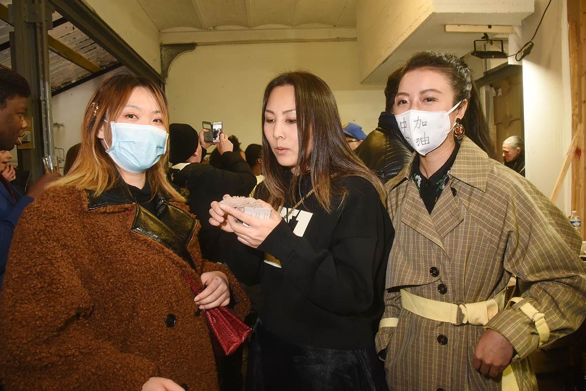 Alianna Liu entre fearless Fashion et Xiaofei Paris en mode avant gardiste