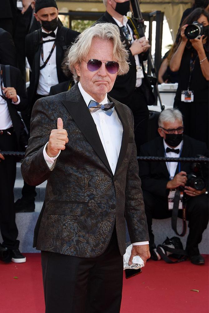 """John Savage trouve que Cannes c'est pas le """"Voyage au Bout de L'Enfer"""" ! Loin de là !!"""