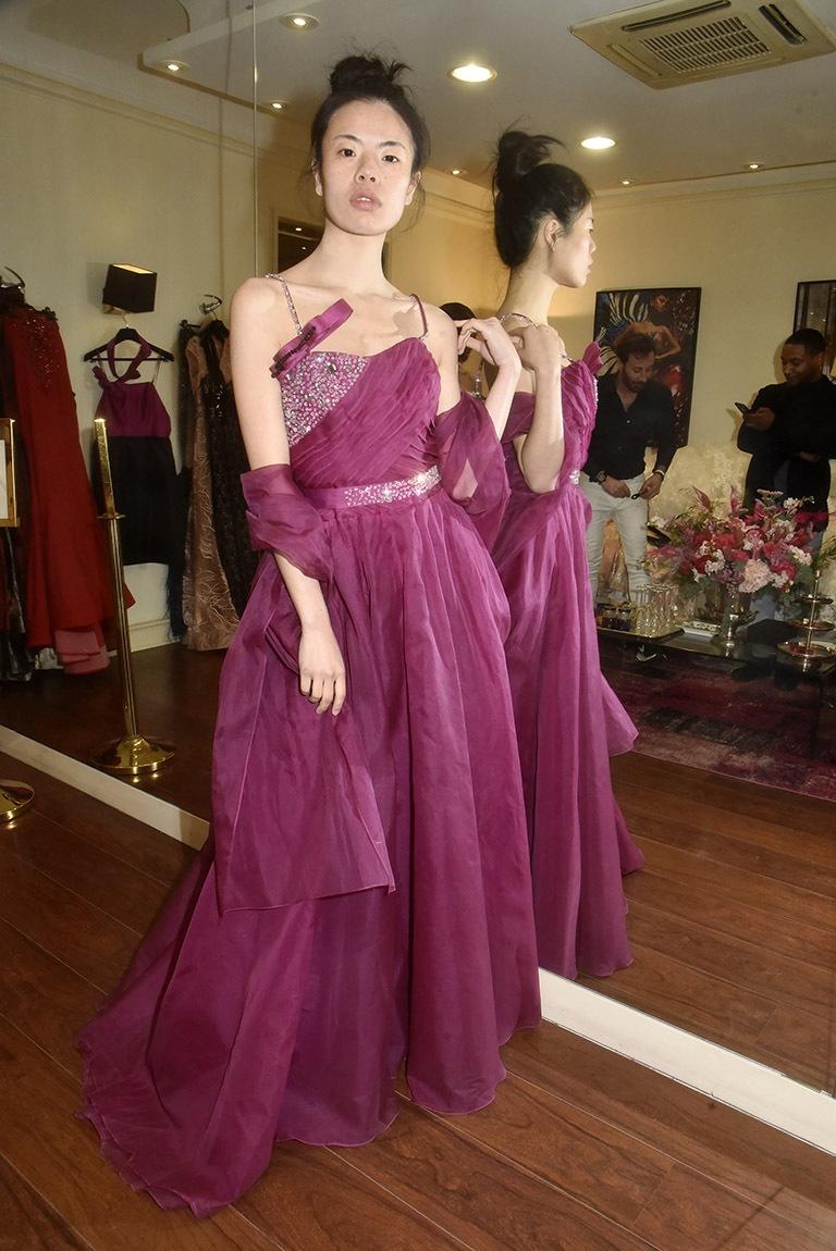 Sabrina en violette imperiale