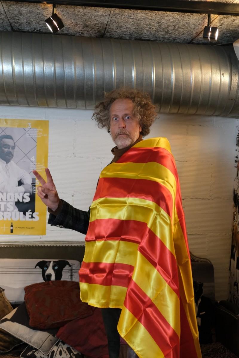 Quand  notre editeur revet les couleurs  Sang et Or de la Catalogne