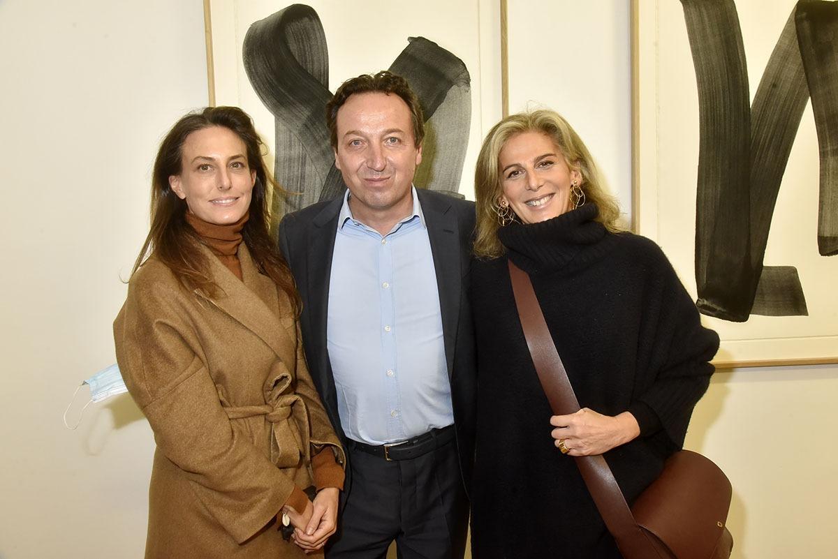 Alexandra Fain directrice de Asia Now, Emmanuel Perrotin de Perrotin Now et Alexandra de Fulda Now.
