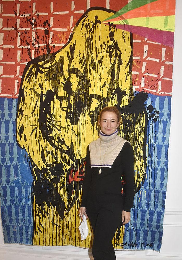 Magda Danysz assortie à l'oeuvre de Eko Nugroho