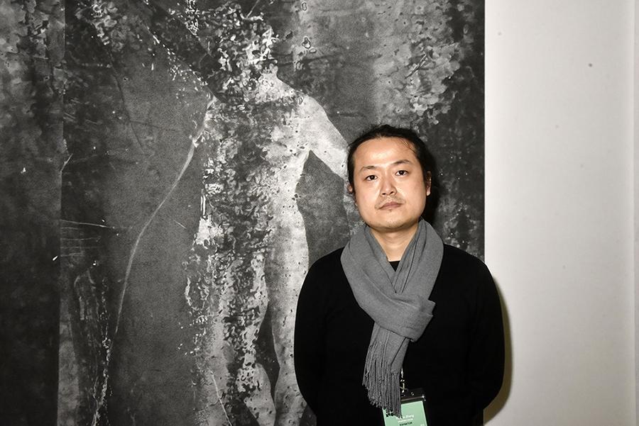 Yunyao Zhang et son Adam en tenue d'Eve