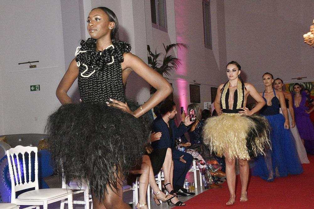La finale « Hair dresses » Robes tissées en cheveux de Murielle Kabile