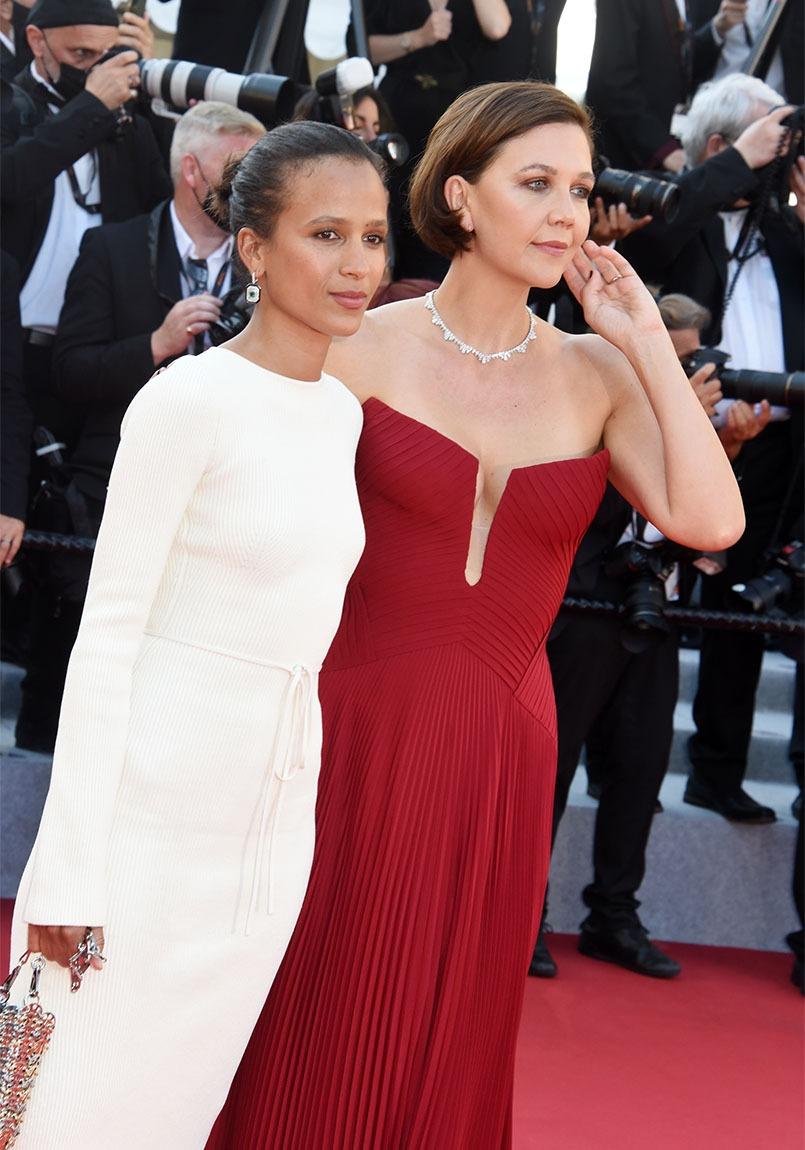 "Maggie Gyllenhaal bientot dans ""Elvis"" biopic sur le King de Bar Luzman !!"