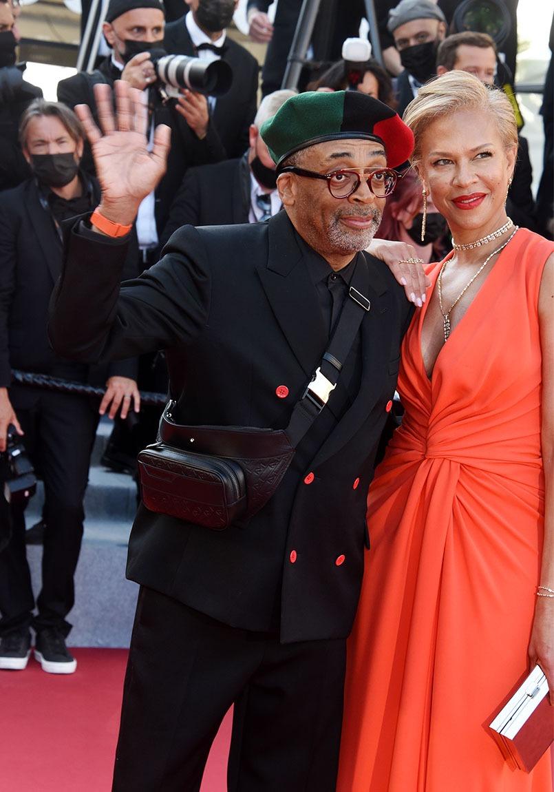 Le president de Cannes A vie vous Salue !!