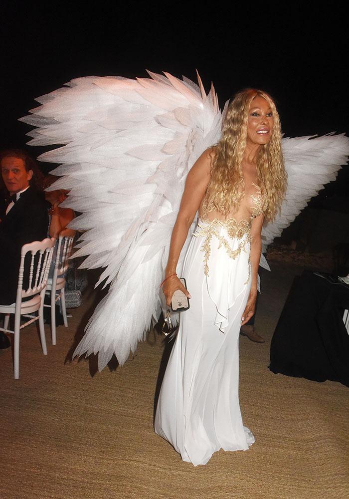 Ciel Cet ange qui passe de la musique mais c'est DJ Grace