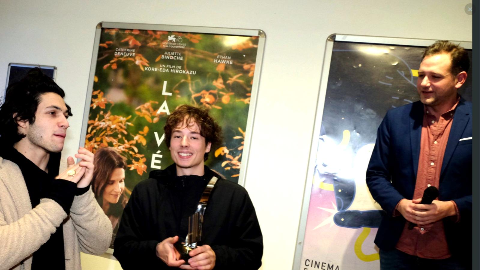 Léopold Kraus et son film VIRTUEL remporte le prix du public