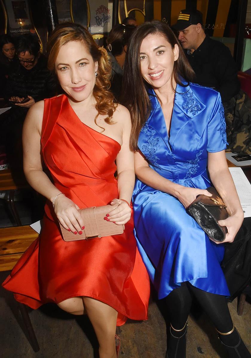 Tendance: Myriam Charleins et Bouchra M'Barki stendahlent en rouge et bleu