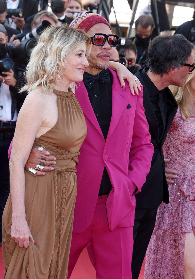 Avec Valeria Bruni Tedeschi Joey Starr emballe un max dans la vie ou sur le red carpet