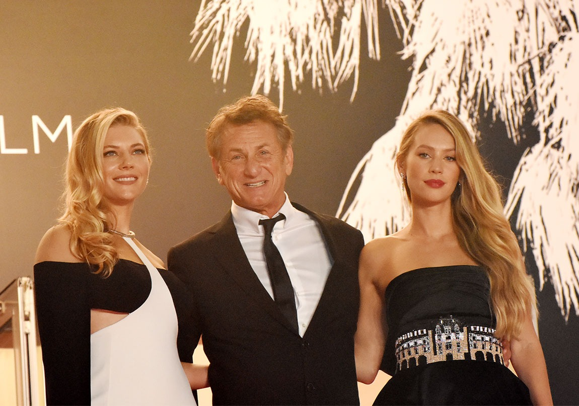 Hé hé Hello Cannes Hello happy tax payers !!