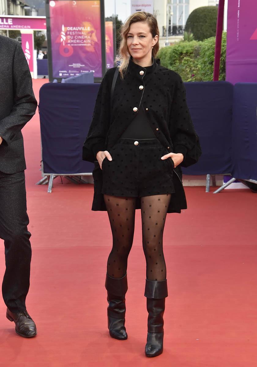 Celine Salette en fiancée en black du Pirate Barbe Noire