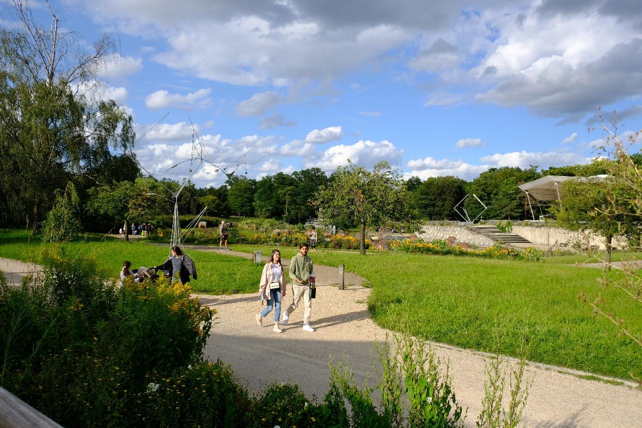 La Bamba offre une vue imprenable sur le parc Floral