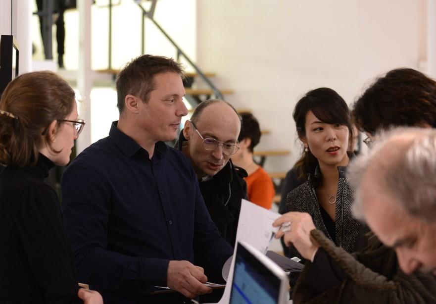 Laurent Rigail et éiri en plein vernissage de l expo Préambules