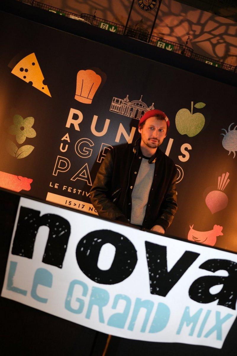 Le Nova mix fait danser les festivaliers