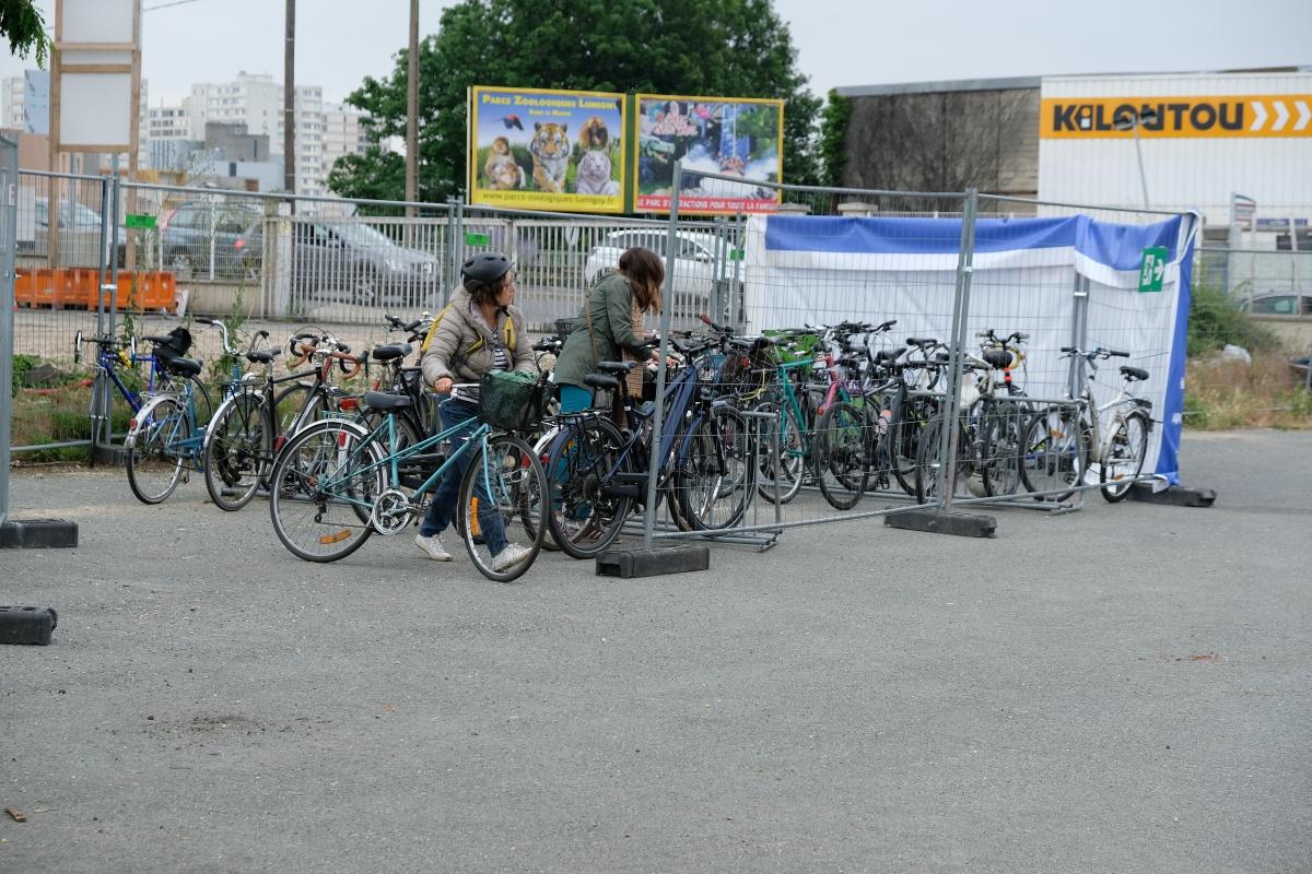 Deja au festival Ouishare on arrive a vélo, la base...