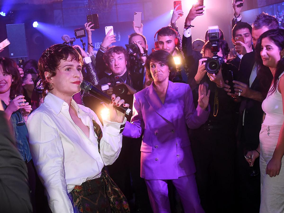 Même Florence Foresti l'humoriste de L'année est une fan de Christine and the Queen GQ chanteuse de l'année!!