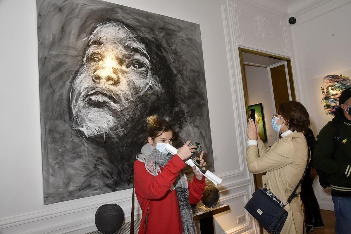 Dans La NAG c'est très ambiance Musée du Louvre