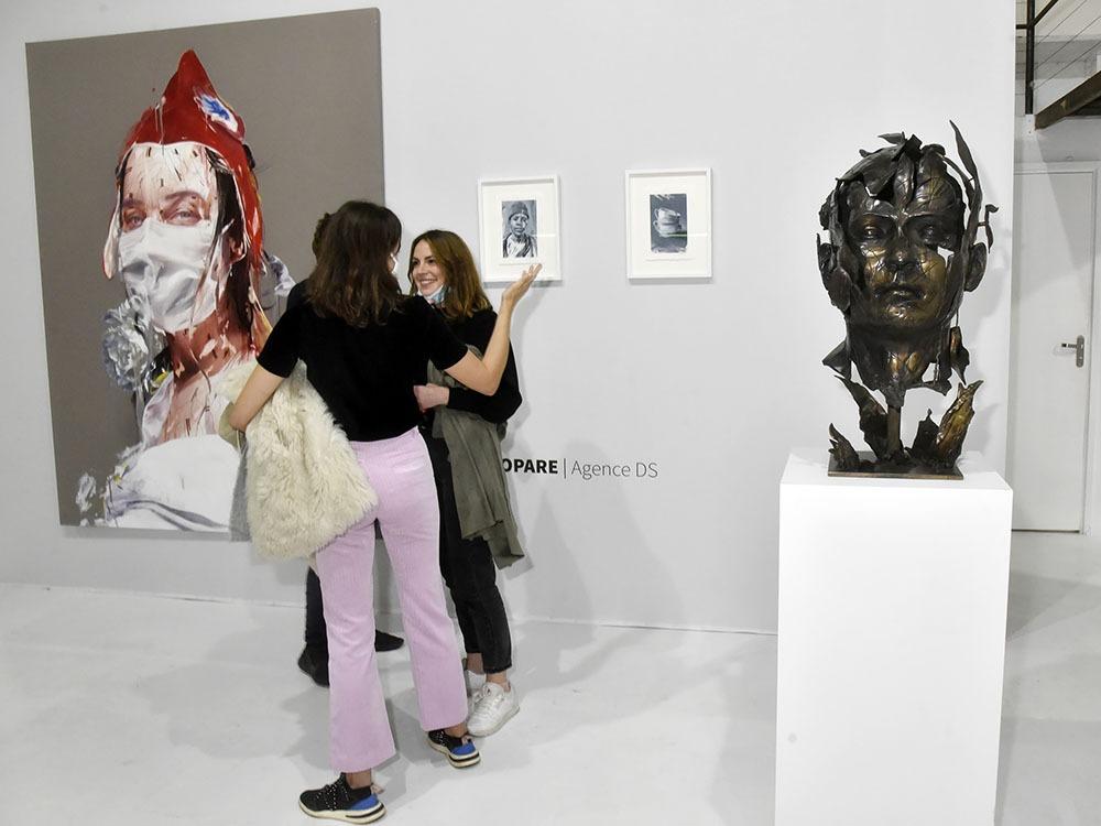 Rappelez vous d'Hopare il a exposé sa Maranne à Ellia Art Gallery à l'occasion de l'Urban Fair Art Rue de Turenne… Il sévit cette fois ci place du Louvre