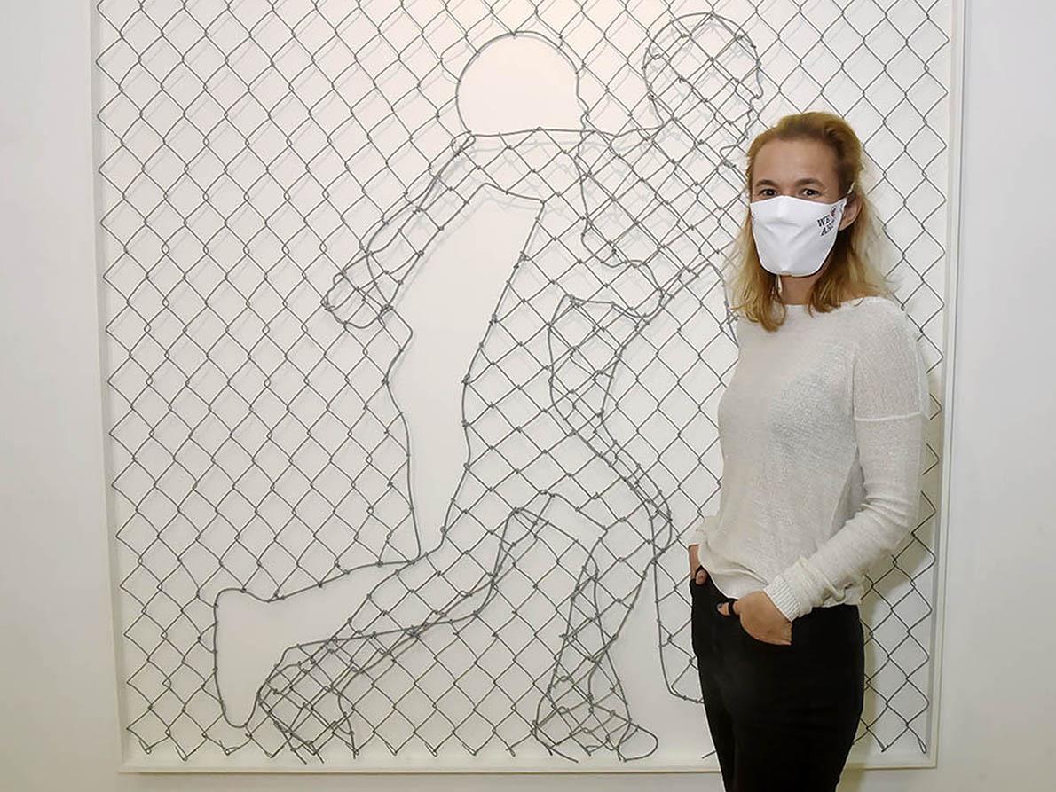 Avec sa Fenced Face Magda Danysz nous présente Icy et Sot