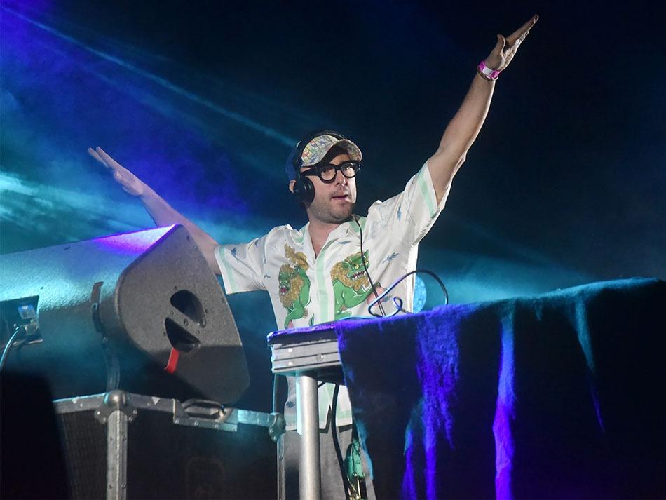 DJ Agoria en mode Ca plane pour Moa