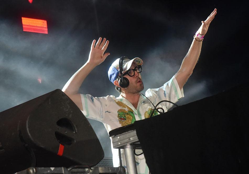 Aucu Aucune hésitation DJ Agoria en mode Ukulele