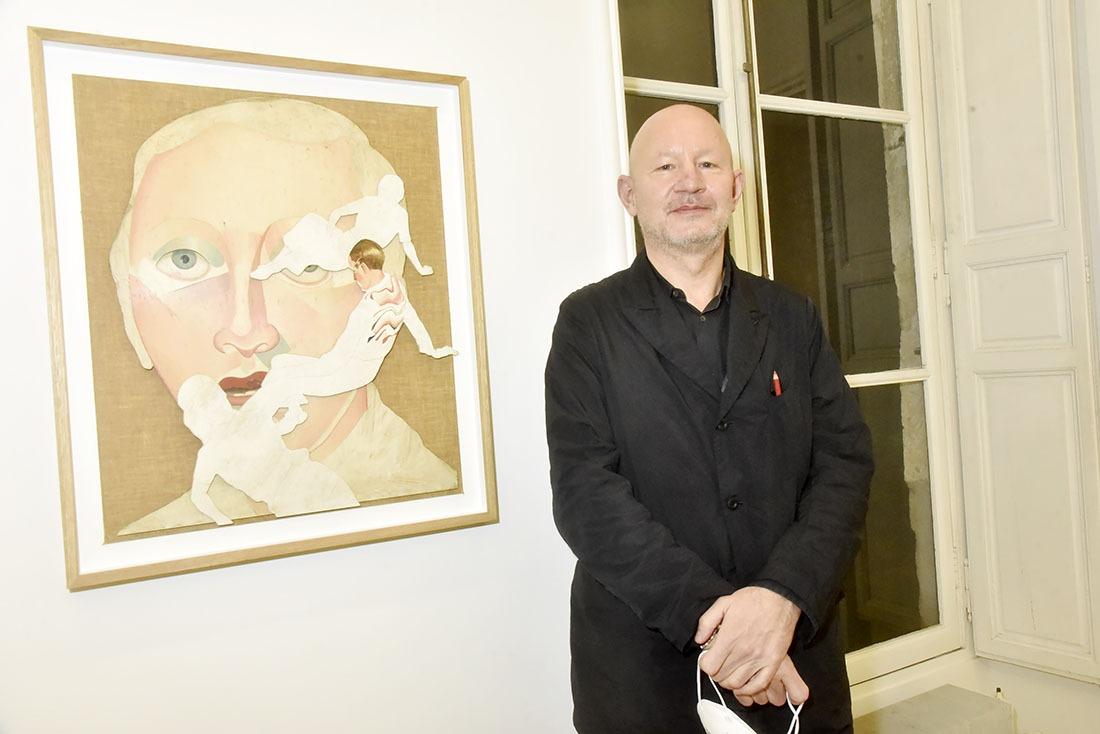 Jens Fange en mode auto portrait