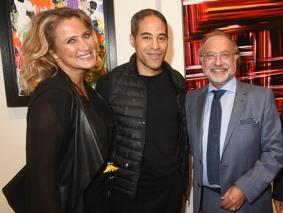 JonOne avec Natacha et Olivier Dassault en stereault