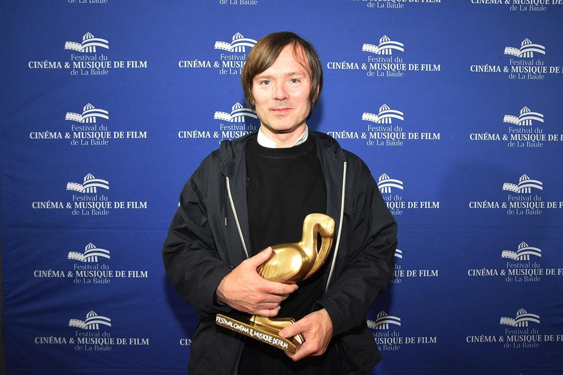 Jean Benoit Dunckel recoit à la Baule pas un « Poisson Sexe » mais un Air Ibis pour lensemble de son oeuvre