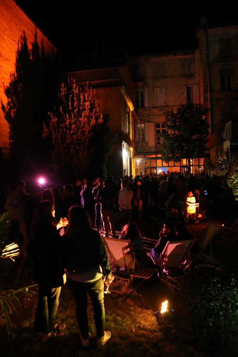 La Villa le Jardin lieu inspiré pour soiree festive et cinéphiles.