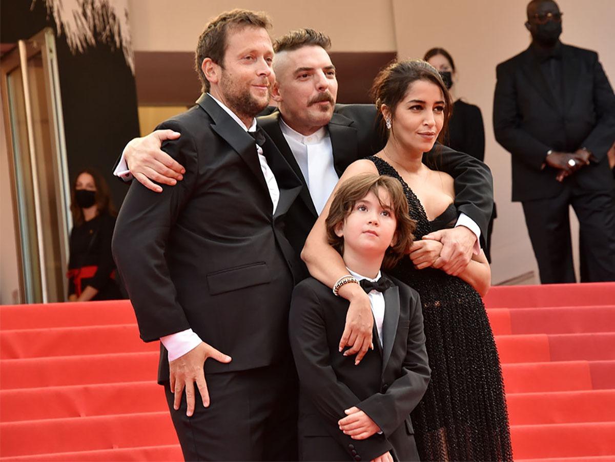 Photo de famille recomposée : Joachim Lafosse, Gabriel Merz Chammah, Damien Bonnard et Leïla Bekhti