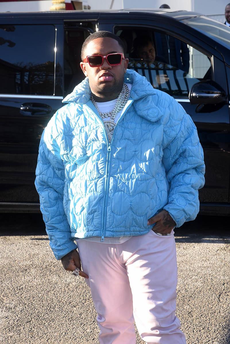 Ce big fat baby en tenue pastel cest le DJ Mustard