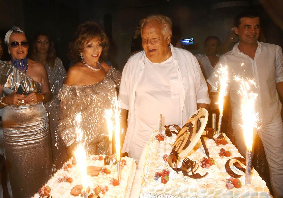 Joan Collins pour garder ses formes se contentera de ober la cerise sur le cake