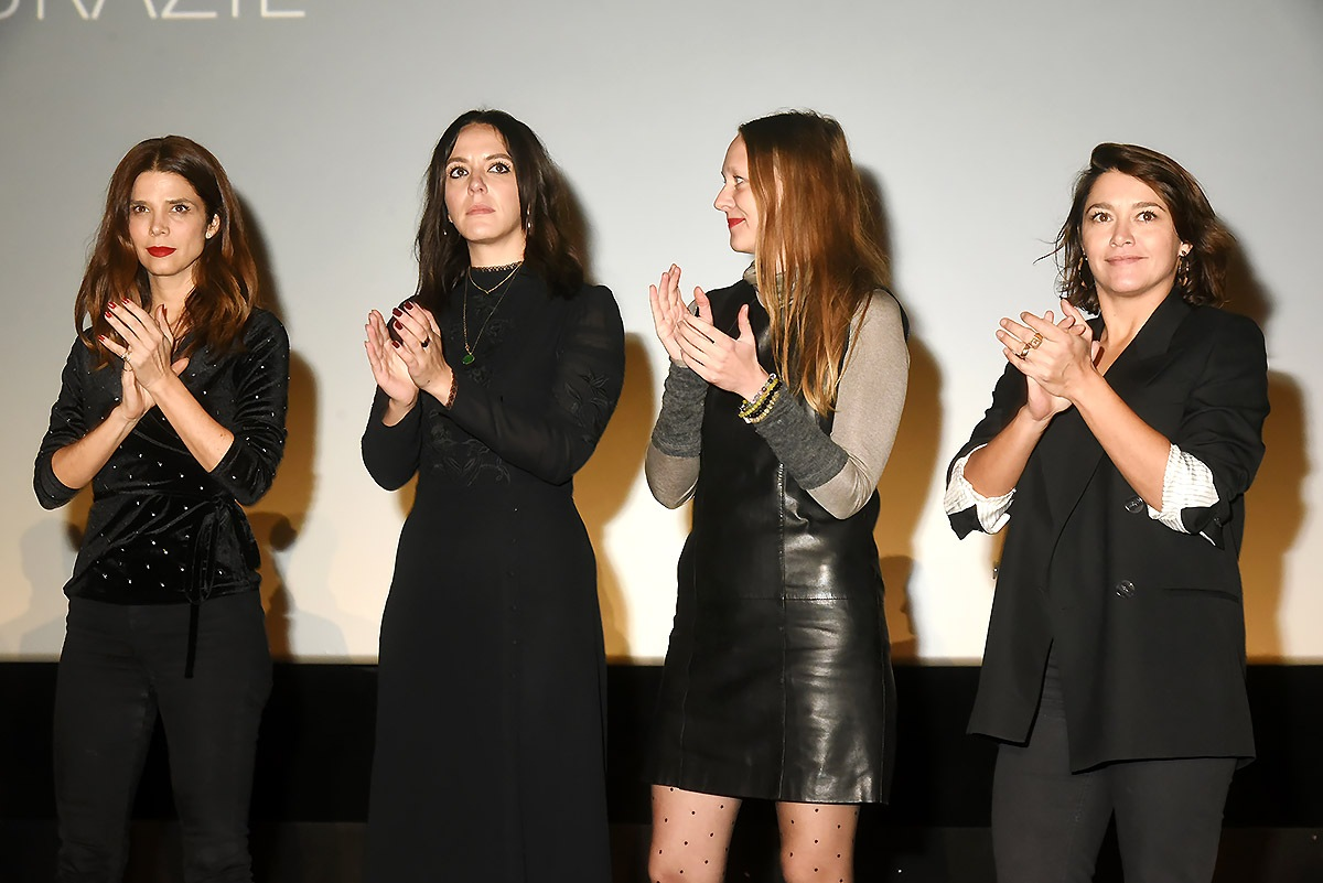 Juana Acosta, Monia Chokri, Magali Payen et Emma de Caunes Girlsbandent chez les L4