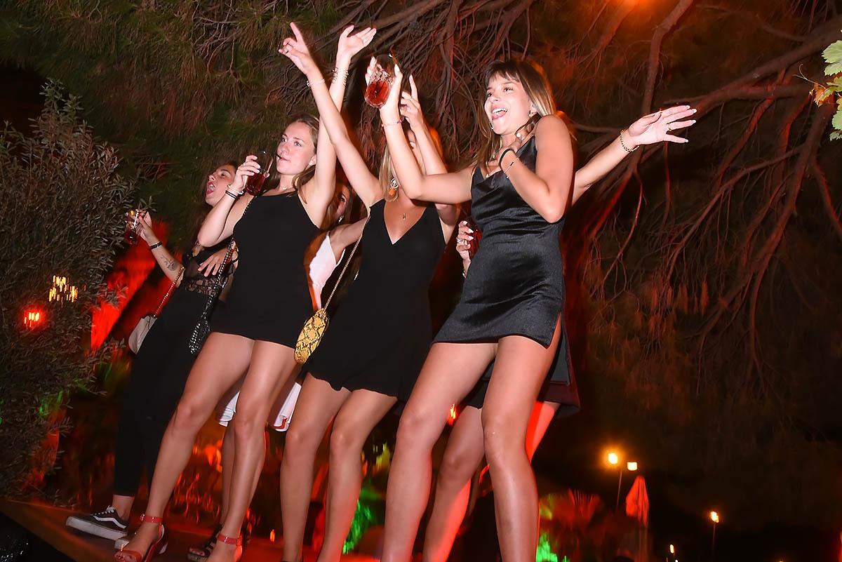 A la Gioia les Girls bande a donf