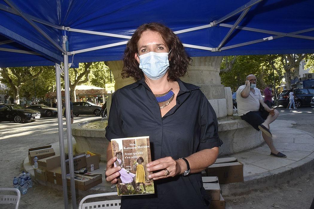 Maia Kanaan Macaux a mis un masque pour son prochain roman «Avant Quelle sente l'Ail»