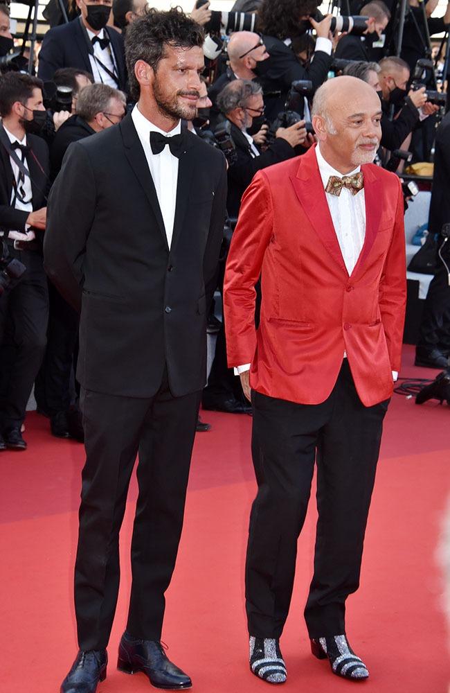 Christian Louboutin s'est fendu d'une red jacket mais pas de Red Shoes malheureusement !
